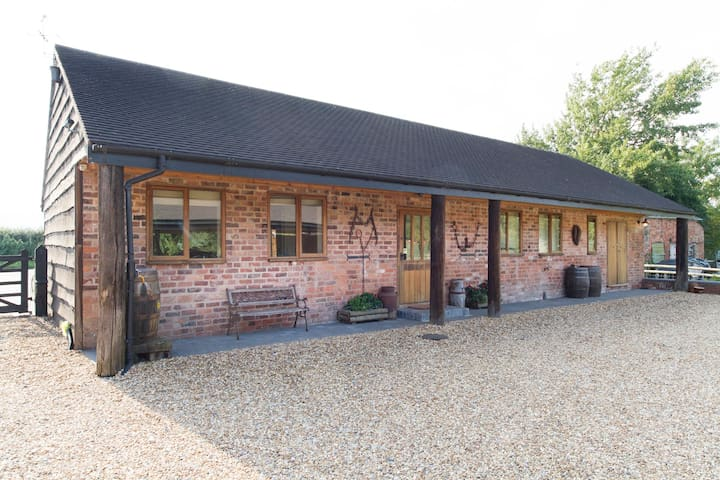 The Dairy Guest Lodge 1 - Welland - Wikt i opierunek