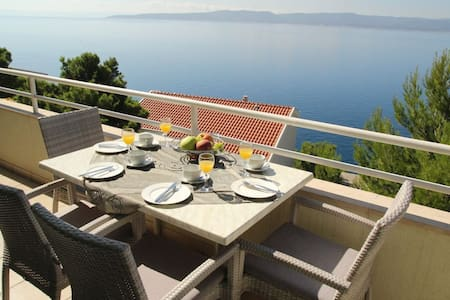 Amazing views on the Adriatic ! (6) - Brela - Huis