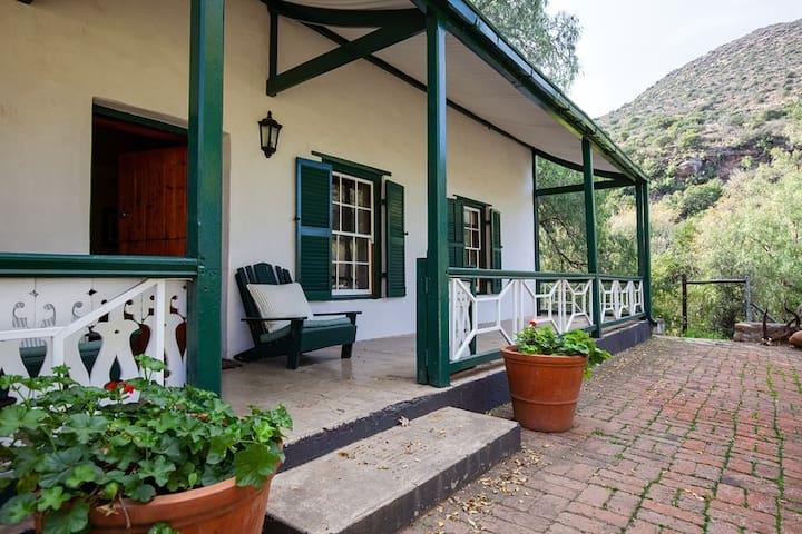 1830 Cottage on Langfontein  Guest Farm