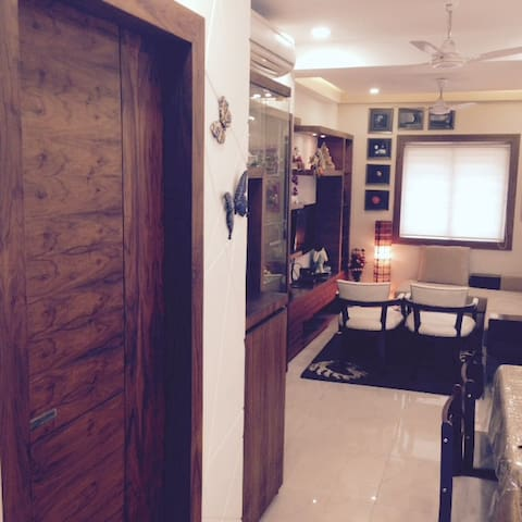 Cozy Studio Apartment in Kolkata (Bhawanipur)