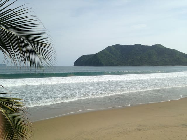 Tropical Days,Beach,Pool,Golf,Bar! - Manzanillo