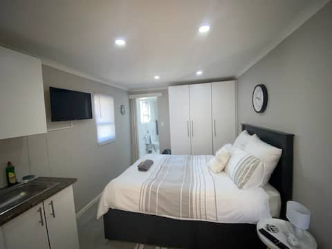 21 On Linaria - Private Flat - Free Unlimited WiFi