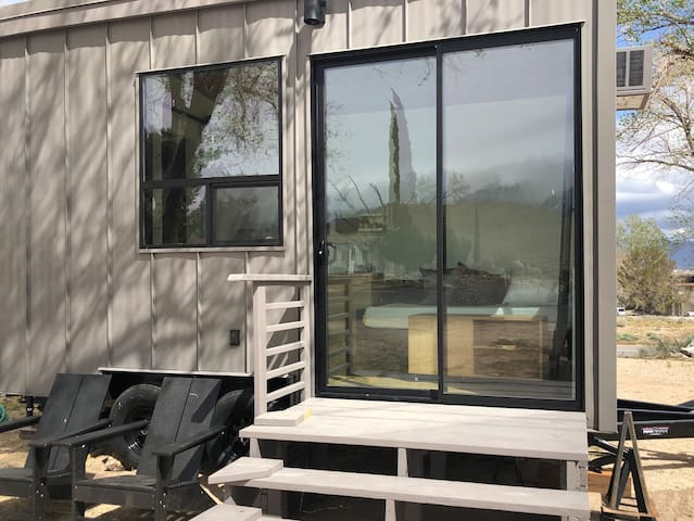 """NEW """"TINY"""" HOME w/ expansive views of the Sierra's"""
