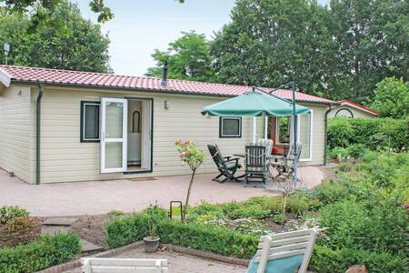 Holiday cottage with 2 bedrooms on 44m² in Luttenberg