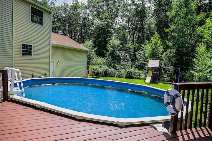 Pool Open Till Oct 30 8 Bedroom Home Houses For Rent In East Stroudsburg Pennsylvania United States