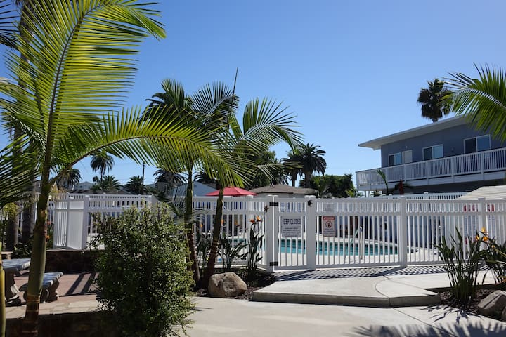 Carlsbad Beach Vacation Home – Premium Location S