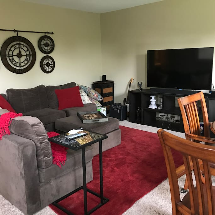 Shared Bonus Room