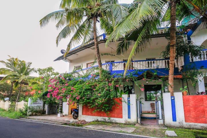 OYO Luxurious 1BR Home in Bardez, Goa