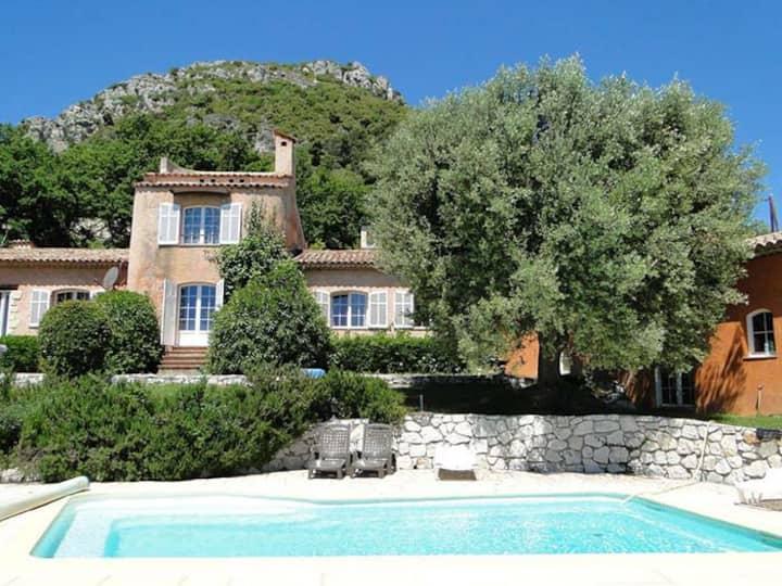 Villa Aurabelle für Familien u. Liebhaber der Côte