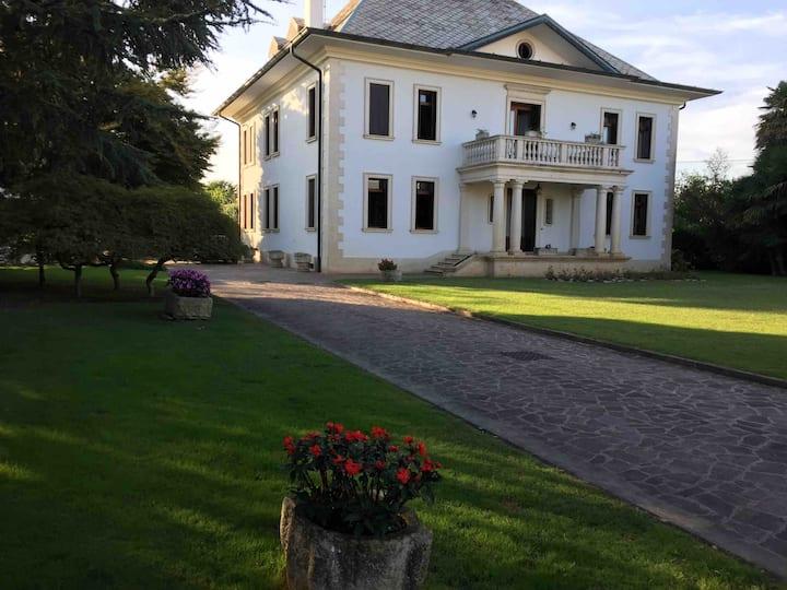 Alloggio camere in villa ottocentesca