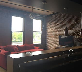 Spacious Old City Loft - Knoxville - Loft