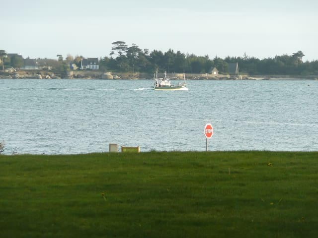 La presqu'île du Cabellou ,vue de l'appartement .