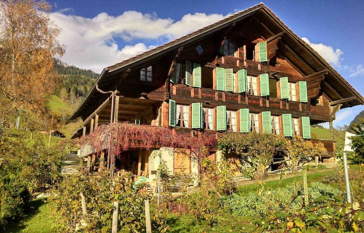 Bauernhaus mit Charakter und Charme - Oberwil im Simmental