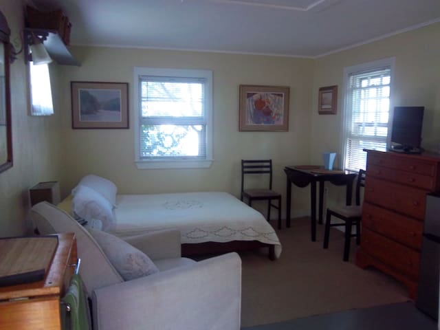 Cozy Cottage Sleep Studio - Provincetown - Casa