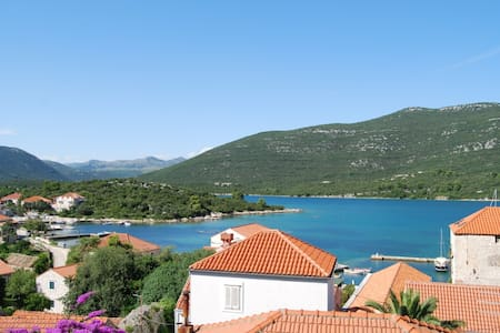 VILLA sleeps 4. Seaview, beach 100m - Mali Ston