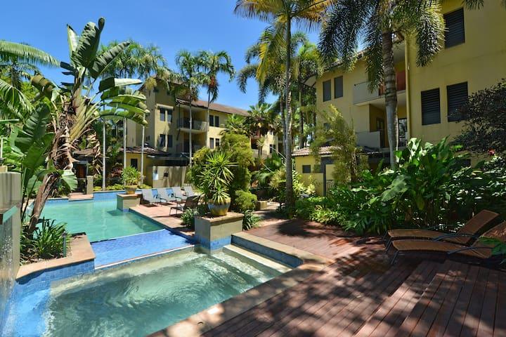 Reef Club 2 Bedroom Tropical Getaway