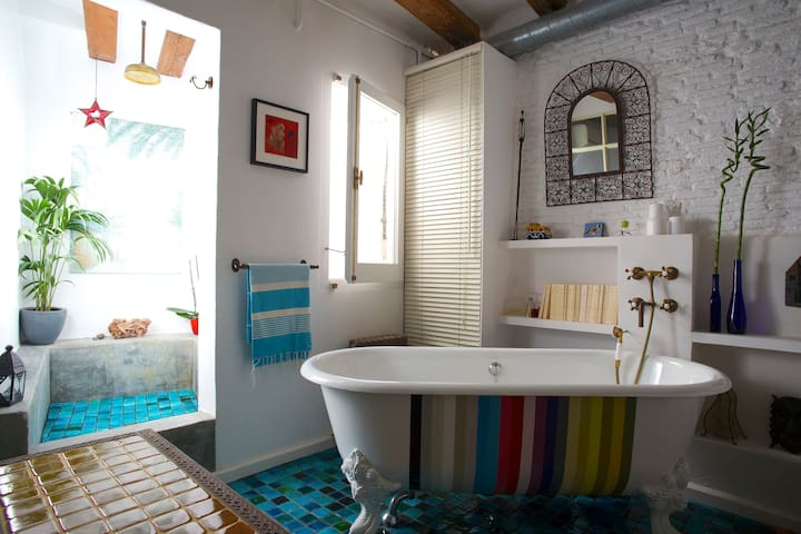 ¡WOW! Apartment in the heart of Barcelona - Barcelona - Apartamento