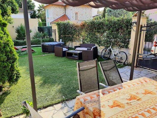 3 P dans villa avec entrée indépendante et jardin