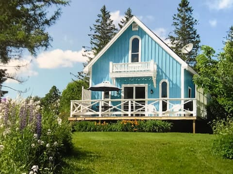Ocean View Victorian Cottage