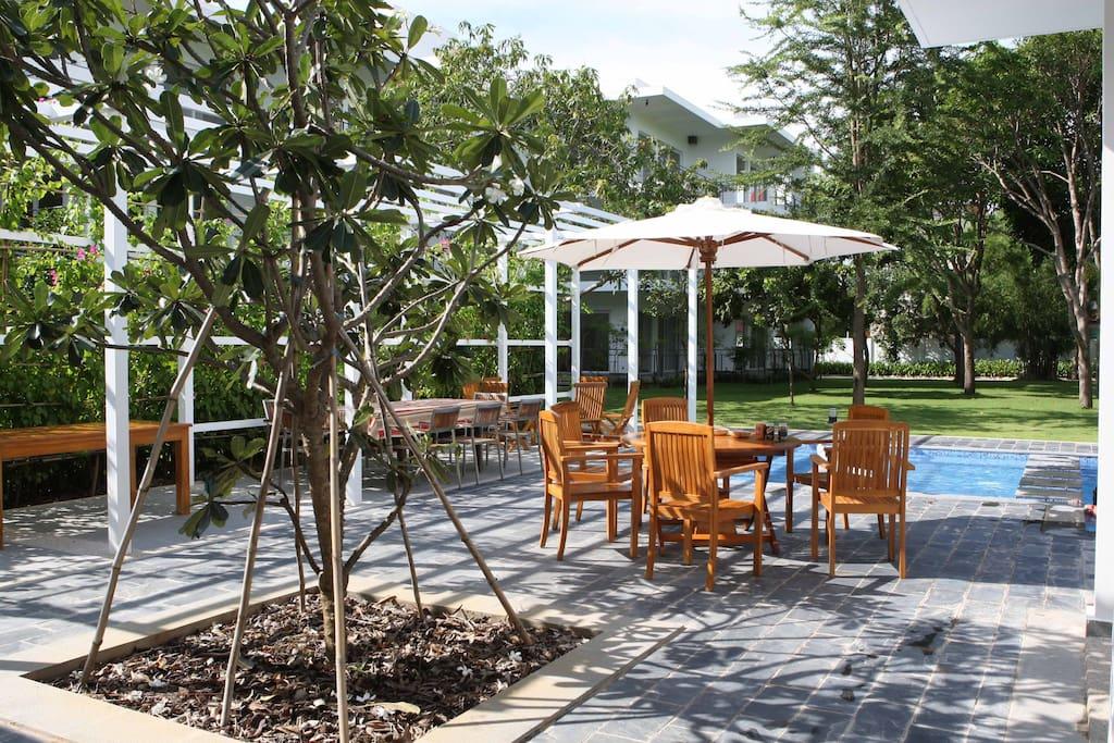 Social area in a large garden...