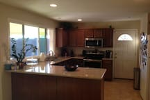 Open Kitchen. Clean and Bright!