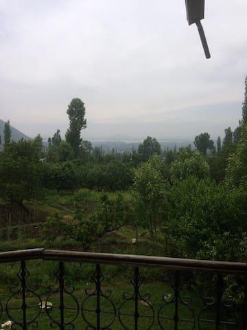 Shangri-La - Srinagar