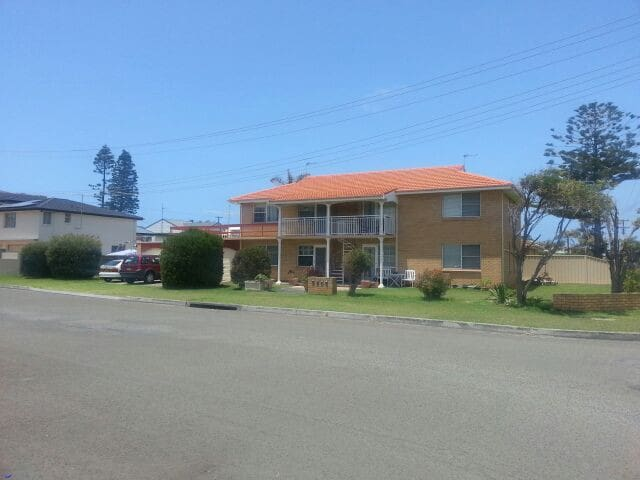 Beachside 2 bedroom holiday unit. - Warilla - Apartamento