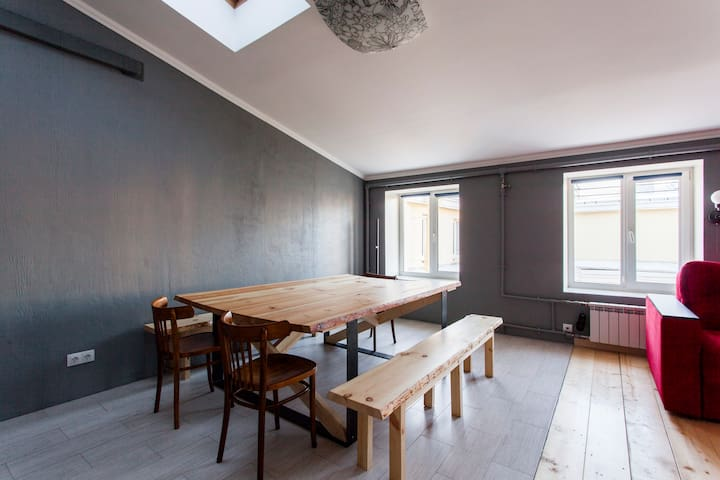 100 sq meters of light and beauty - Sankt-Peterburg - Apartment