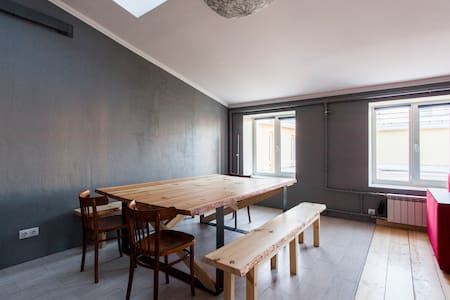 100 sq meters of light and beauty - Sankt-Peterburg - Departamento