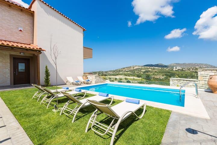 Renta Villa Eleni, vivid experience!