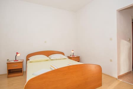 Apartments Nuic / Studio apartment A2 - 마카르스카 - 아파트