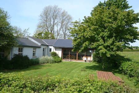 Swallow Cottage, Little Loveston - Kilgetty - Casa