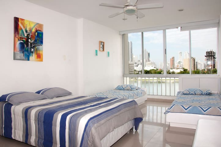 Beautiful Apartment in Bocagrande with Pool - Cartagena - Leilighet