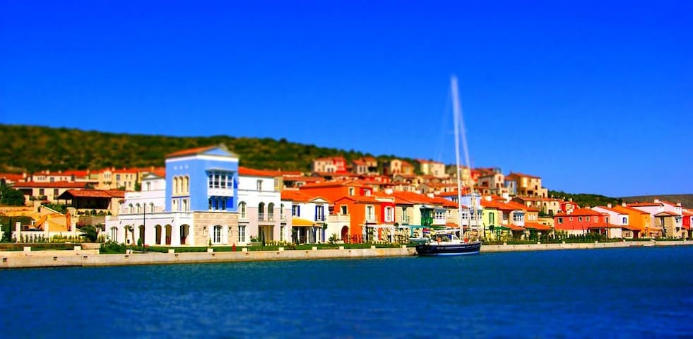 Port Alacati Flat with Boat Berth - Alaçatı, Çeşme - Apartament