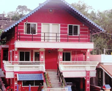 THELMA'S COORG CHALET-CoupleStay-2nd Flr-No TV