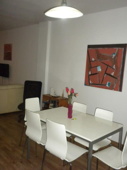 Dining Area between fully equipped kitchen and lounge.