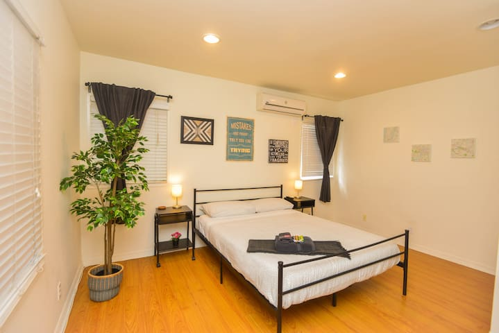 W.B1- Clean Private Room Hollywood offered AT COST