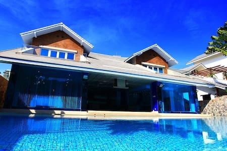 Pratumnak Dream Villa