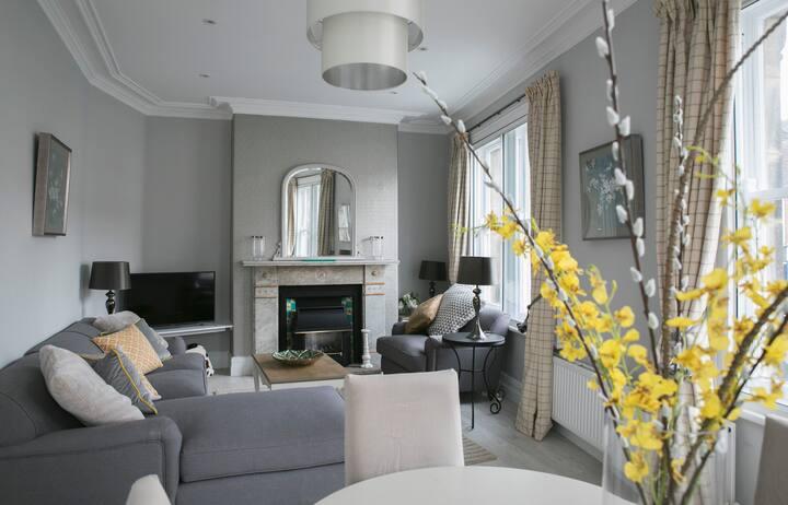 Fabulous 3 bedroom apt Harrogate