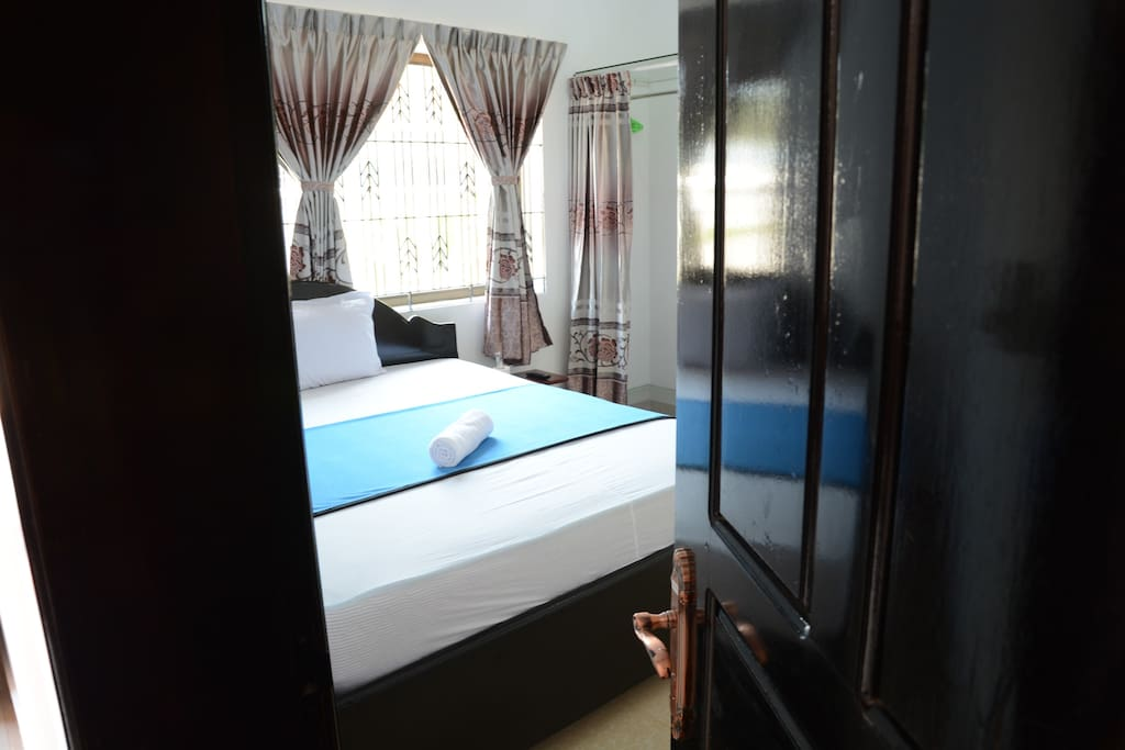 Double Room (Fan) with Only USD10/Night