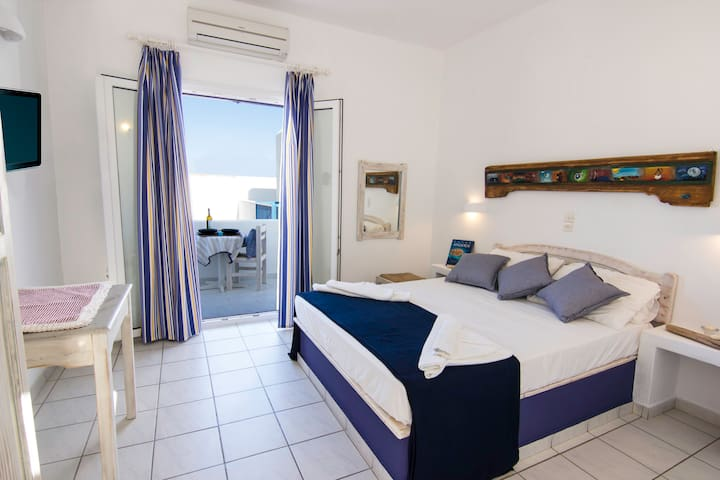 Alea Apnts traditional and friendly - Naousa - Apartment