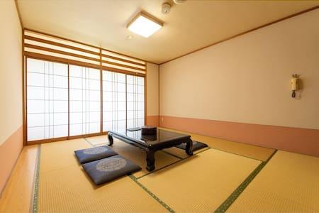 静岡県磐田市の老舗日本旅館。Good Cozy Japanese Inn