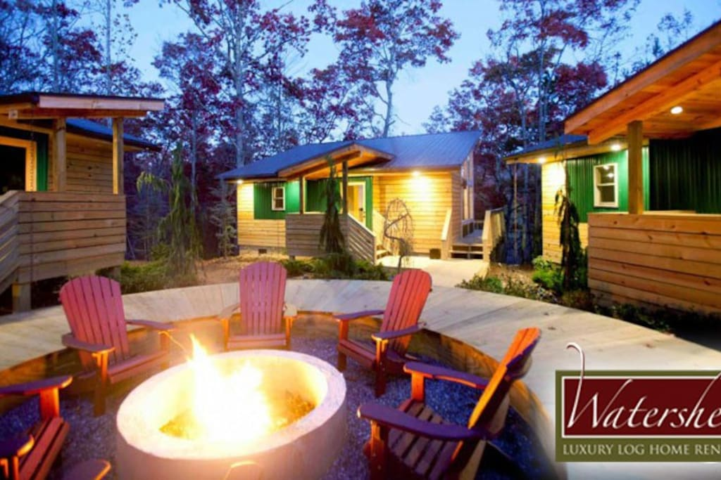 3 one-bedroom units situated a central fire pit. Rent just 1 or come with freinds and take all 3.