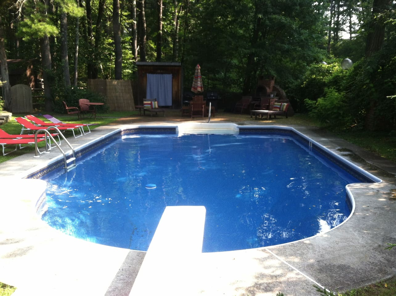 Beautiful pool with new liner in 2014