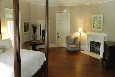 Jones Room