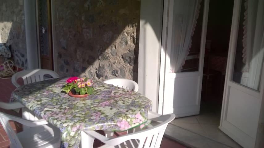 App delizioso con ampia terrazza - Levanto