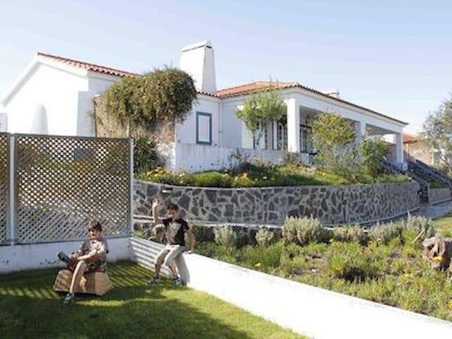 Villa de Férias Santa Susana Alentejo 4/6 pessoas - Santa Susana (Aldeia de Santa Susana) - บ้านพักตากอากาศ