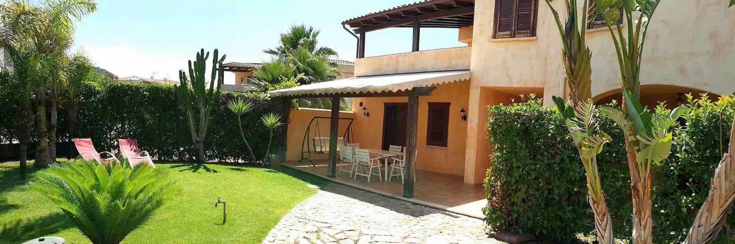 Villa Silvia è accogliente verde carina rilassante
