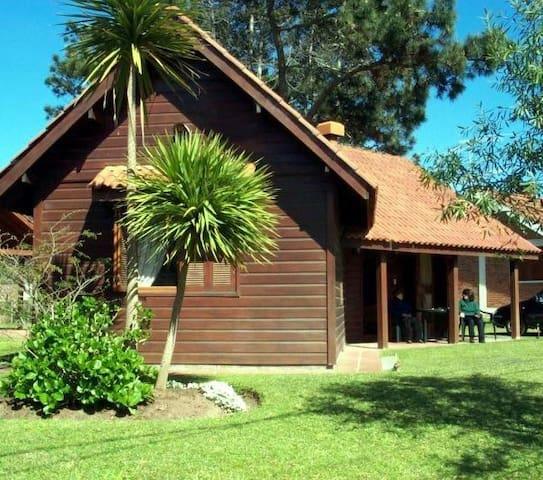 Adorable Casa En La Paloma - La Paloma - House