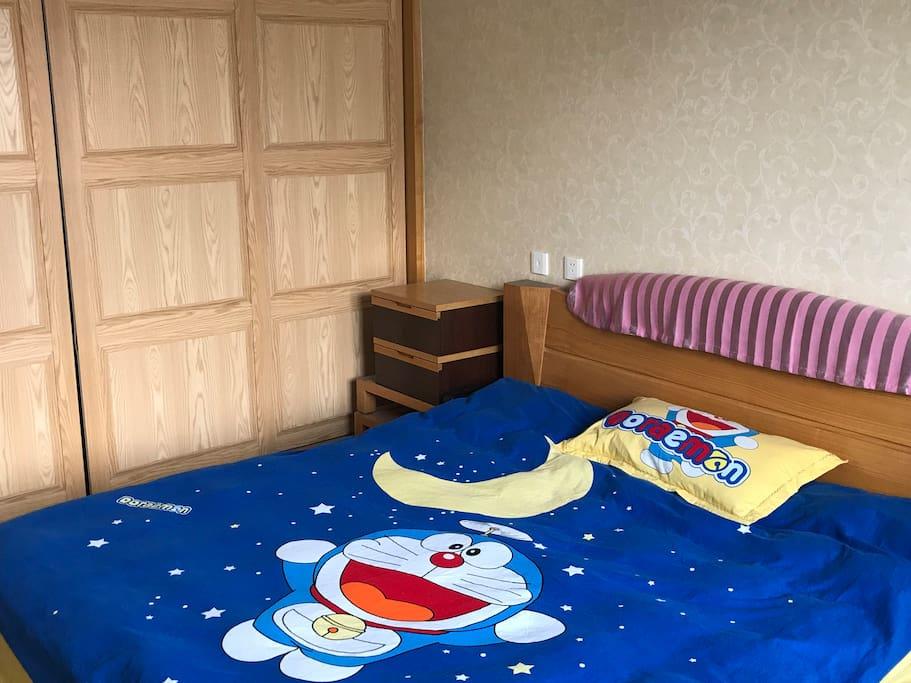 1.8✖️2.0米大床